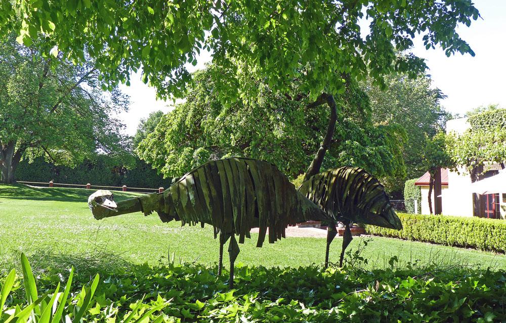 Emu statues at Chateau Yalumba.